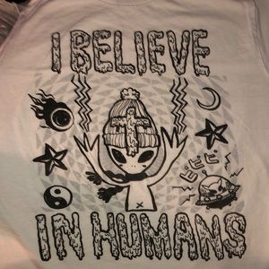 """White unisex small T-shirt """"I believe in humans"""""""